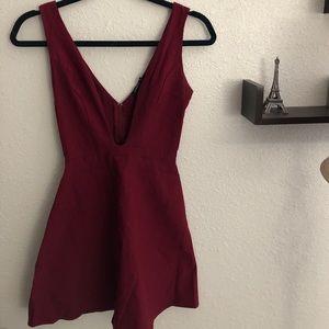 Dresses & Skirts - Maroon mini cocktail dress